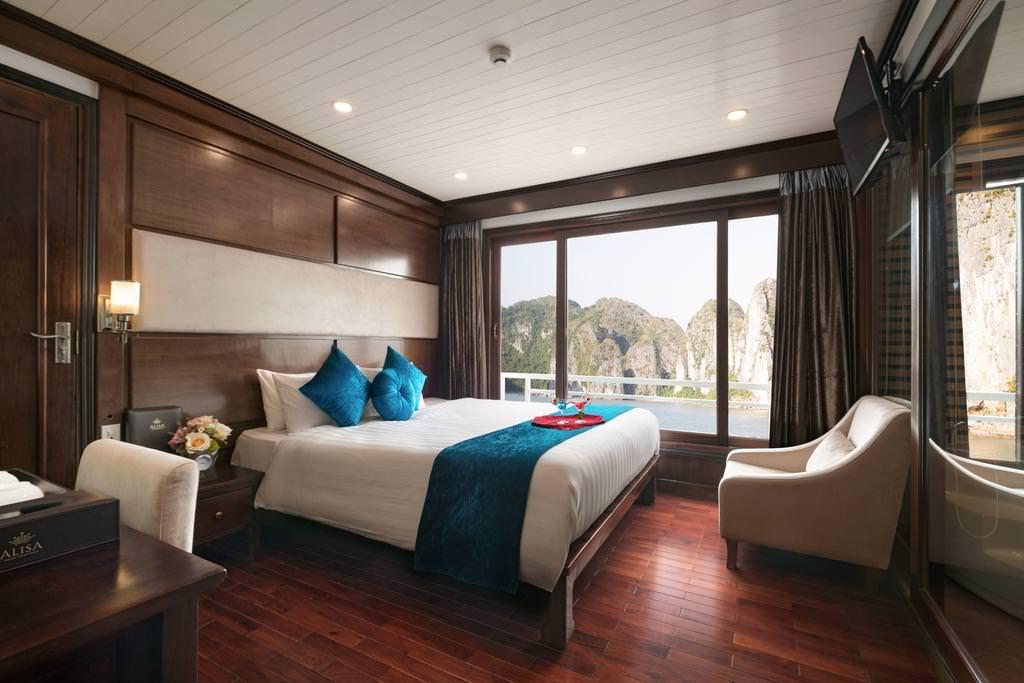 Phòng ngủ của du thuyền Alisa