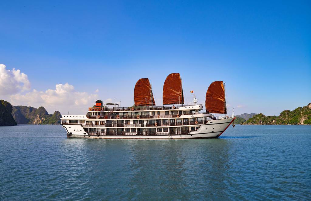 Alisa Premier Cruise 33