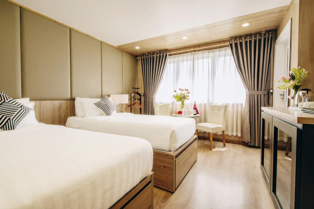 Phòng ngủ của du thuyền Athena Elegance