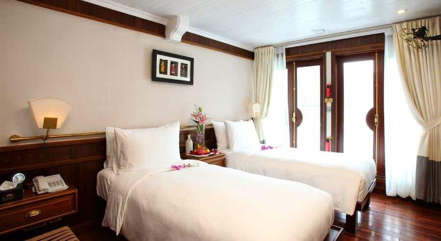 Phòng ngủ của du thuyền Âu Cơ