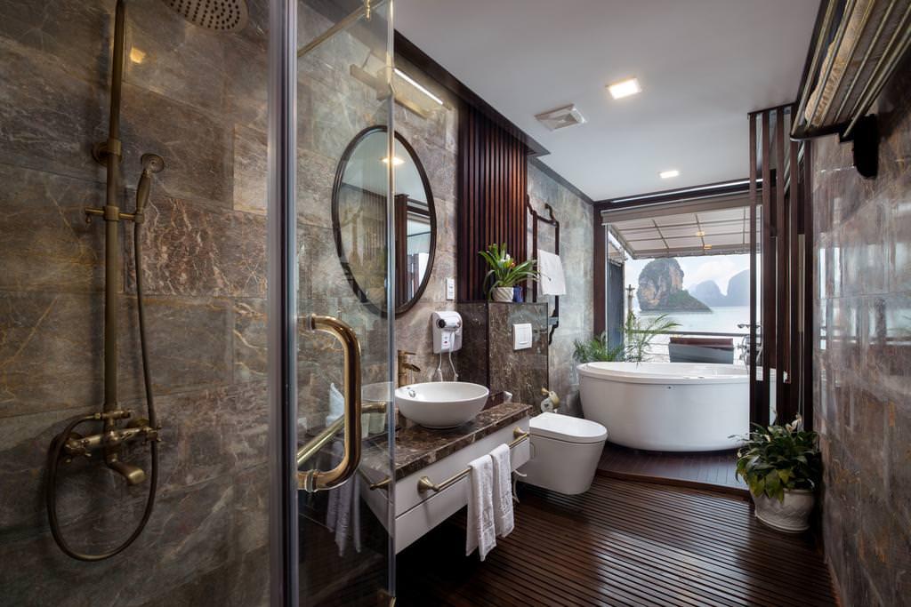 Nhà tắm của du thuyền Azalea