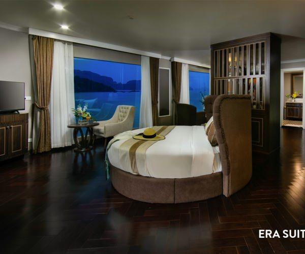 Phòng Era Suite