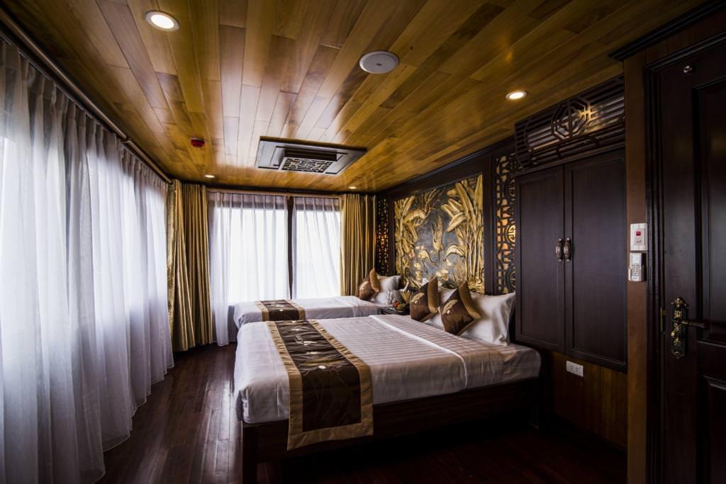Phòng ngủ của du thuyền La Fairy