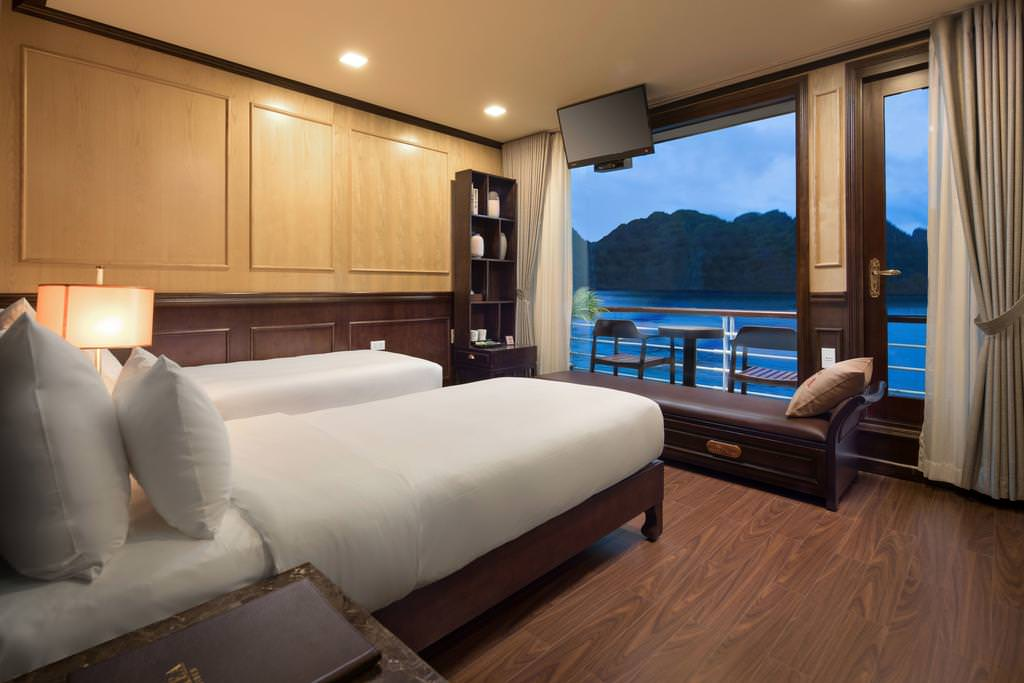 Phòng ngủ của du thuyền Azalea