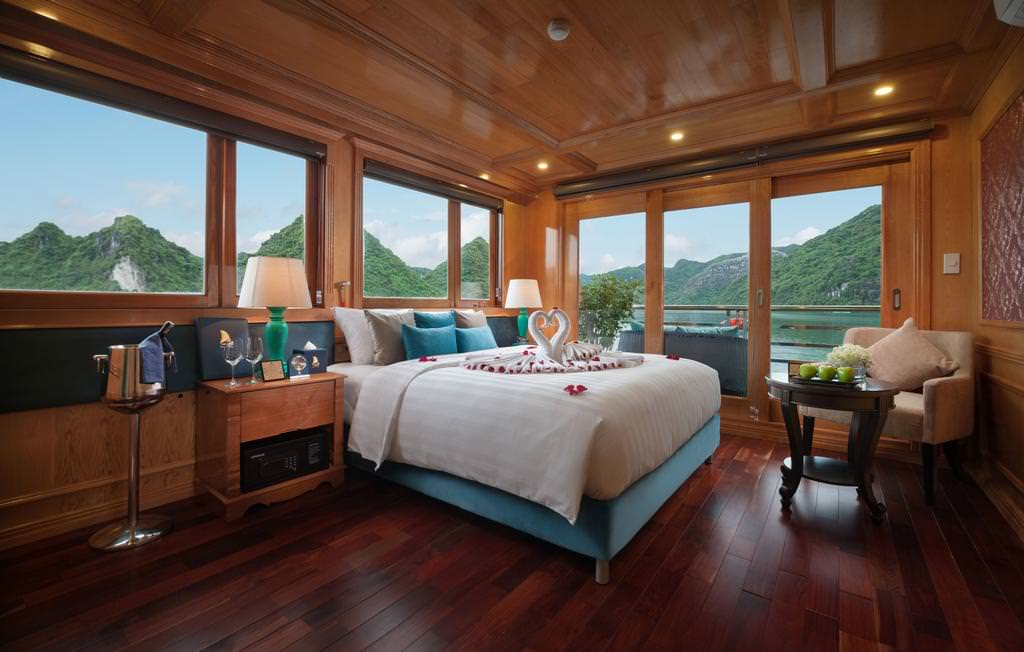 Phòng ngủ của du thuyền Maya
