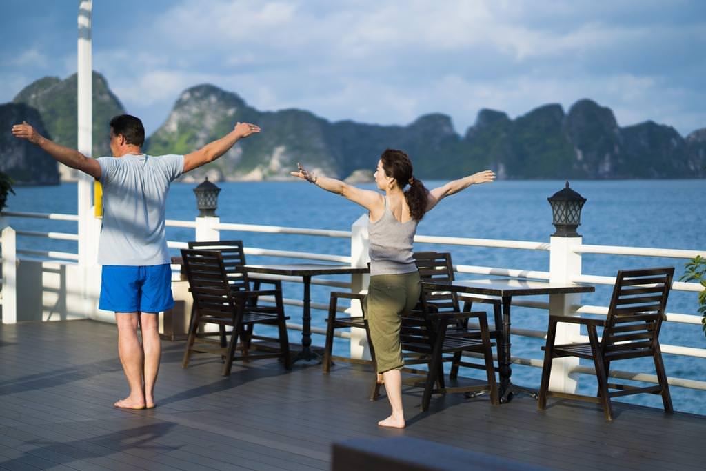 Tai Chi với du thuyền Athena