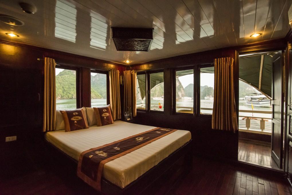 Phòng ngủ của du thuyền Vspirit