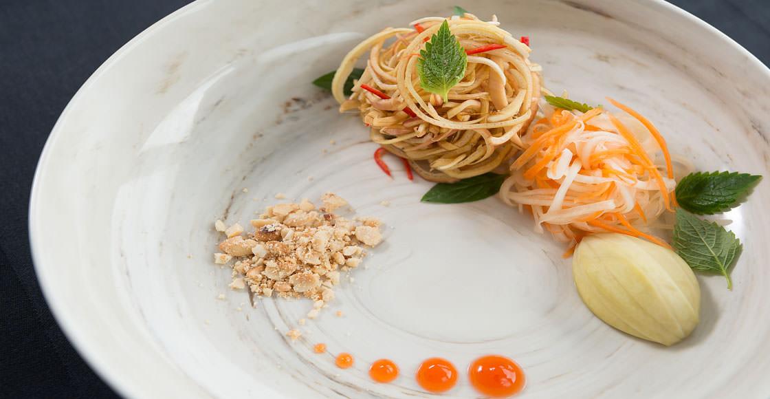 bữa ăn trên du thuyền paradise elegance