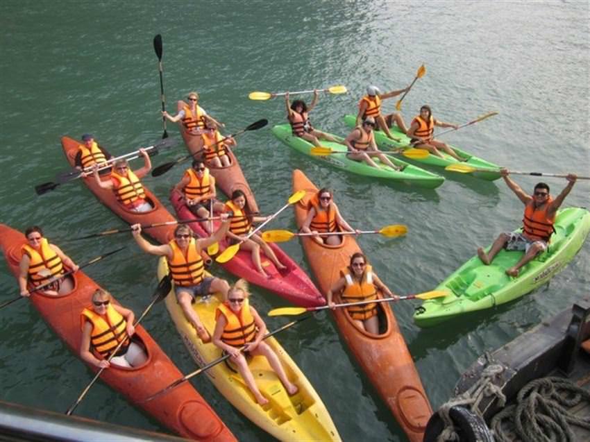 Chèo Thuyền Kayak Du Thuyền Alova 1 ngày