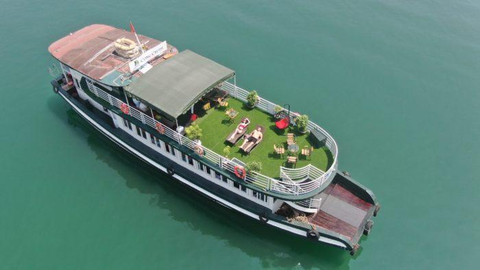 du thuyền Cộng