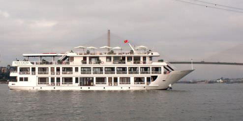 DU THUYỀN ALISA | Du thuyền 5*, du lịch hạ long 2 ngày 1 đêm cao cấp