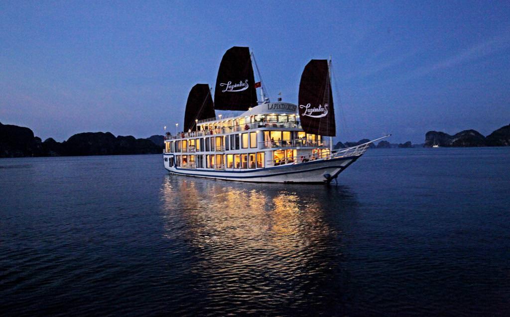 Du thuyền La Pinta 15