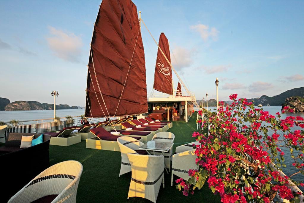 Du thuyền La Pinta 43