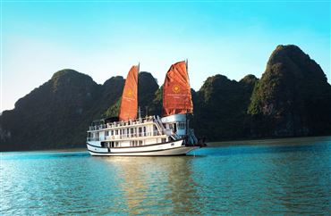 DU THUYỀN APRICOT : Thăm Hạ Long - Titop - Hang Sửng Sốt