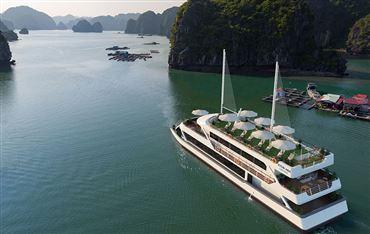 DU THUYỀN VITA MIA : Tour du thuyền 5*  Hạ Long 1 ngày + Xe đưa đón cao cấp