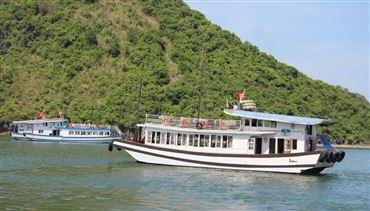 DU THUYỀN TIÊU CHUẨN HB | Tour du thuyền trong ngày. Miễn phí xe đưa đón & chèo kayak