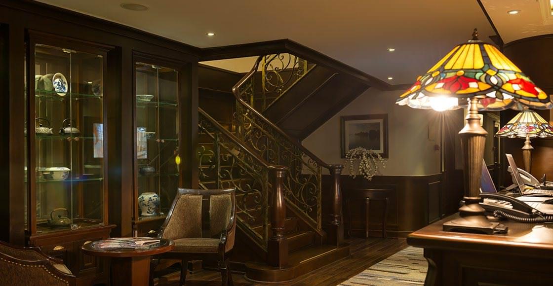 nội thất của du thuyền paradise elegance