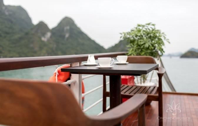 Sundeck du thuyền Orchid 1 Ngày