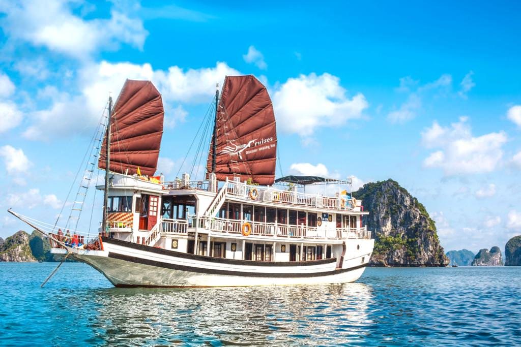 Swan Cruise 21