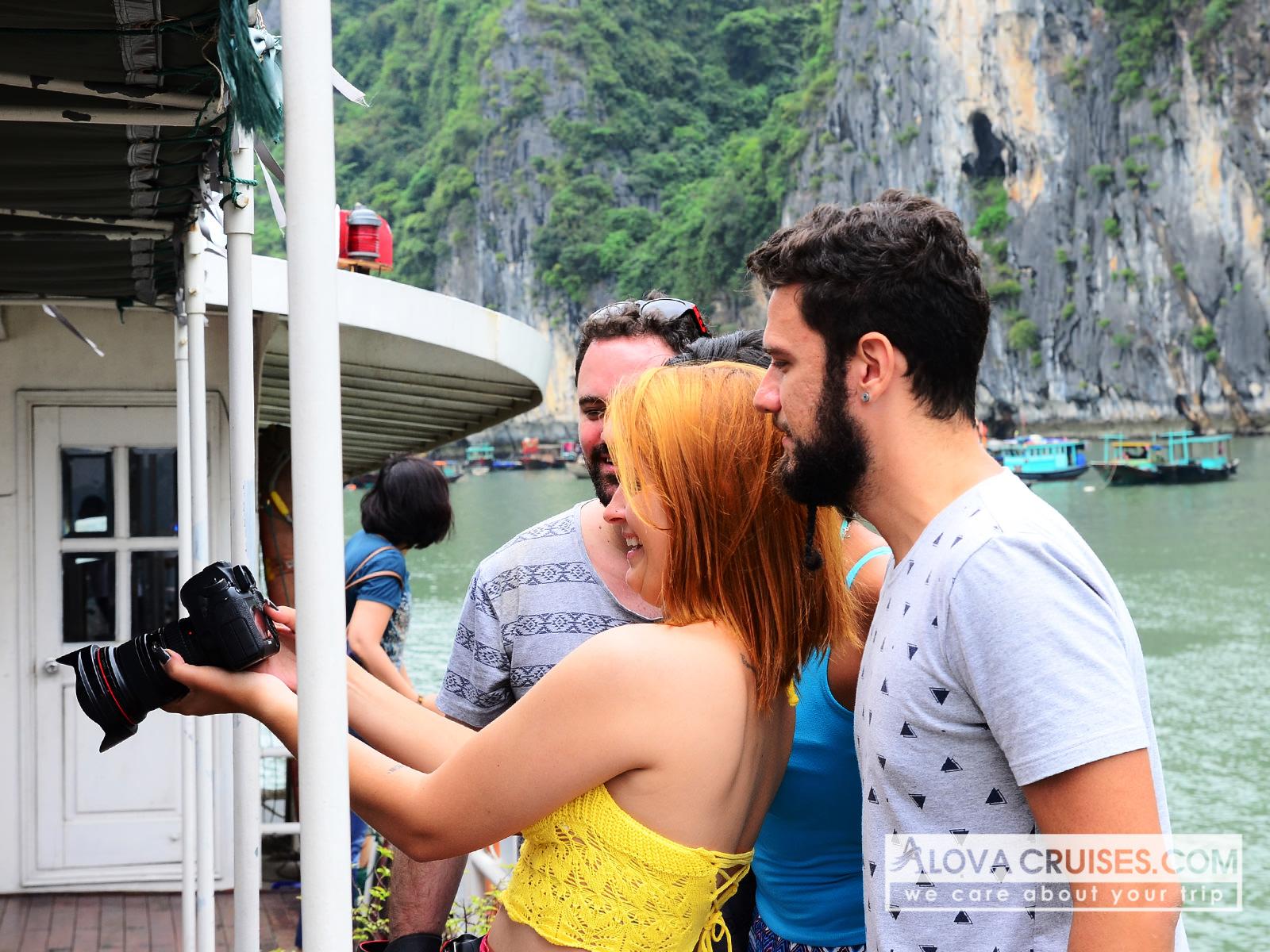thư giãn trên du thuyền Alova 1 ngày