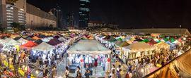 Chợ Đêm Hạ Long - Thiên đường giải trí lúc đêm về